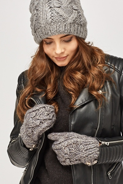 Knitted Hat And Mittens Set