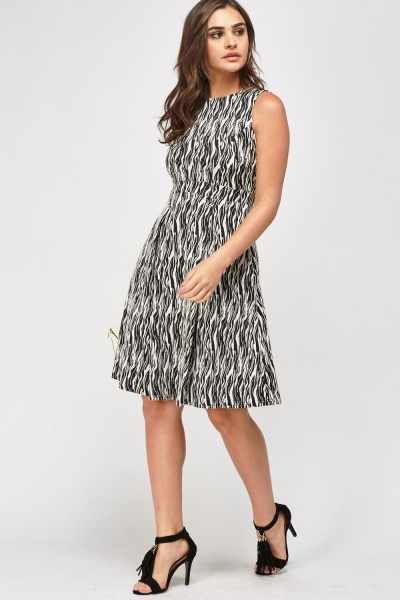 Textured Mono Printed Skater Dress