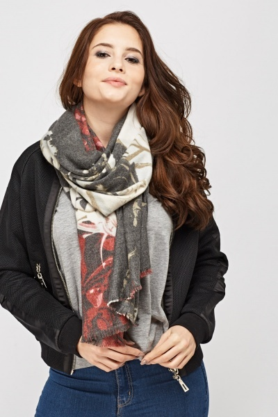 Fringed Trim Printed Scarf