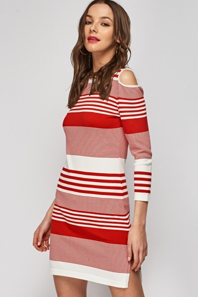 Cut Out Shoulder Thin Knitted Dress