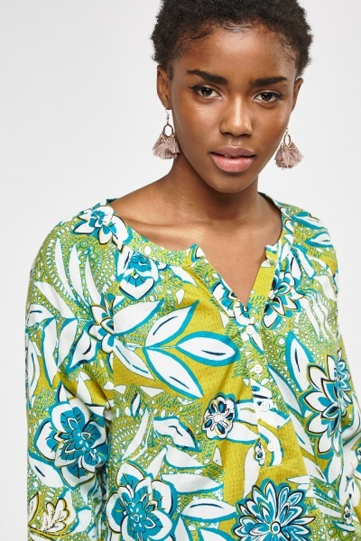 Button Neck Printed Top