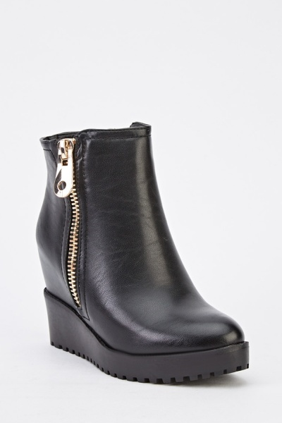 Zip Side Faux Leather Wedged Boots