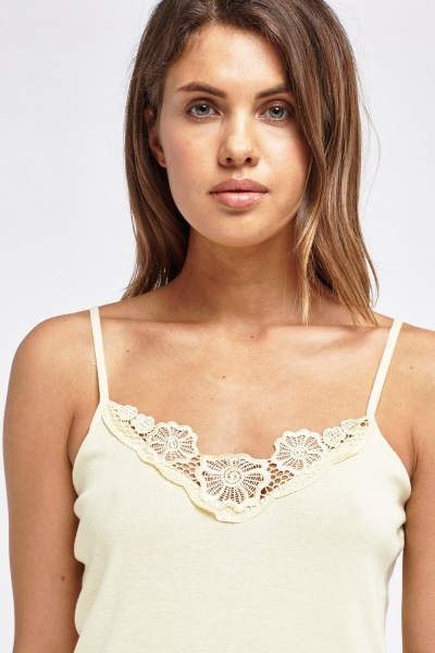 Pack Of 3 Lace Trim Cami Tops