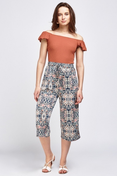 Art Nouveau Flared Cropped Trousers