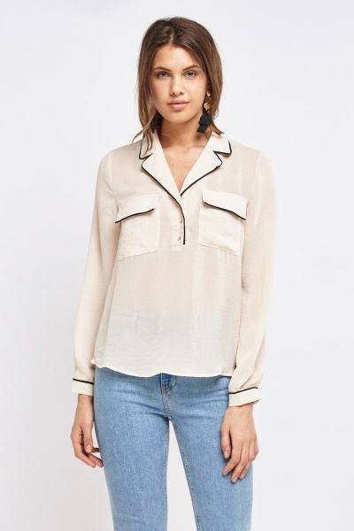 Double Pocket Front Collar Blouse