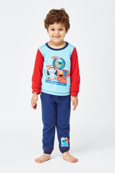The Furchester Hotel Top And Trousers Pyjama Set