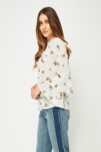 Contrast Print Ruffle Sleeve Blouse