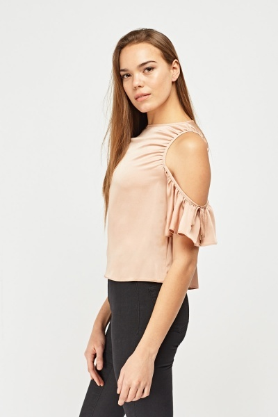 Cut Out Ruffle Sleeve Top