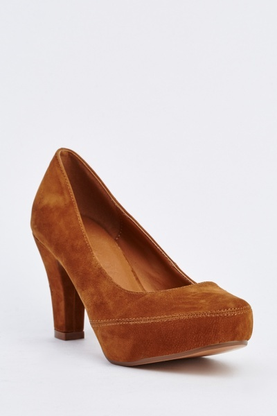 Low Heel Suede Pumps