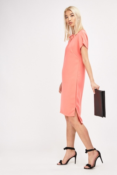 Dip Hem Tie Neck Shift Dress