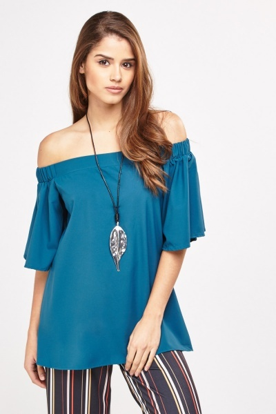 Frilly Off Shoulder Sleeve Top