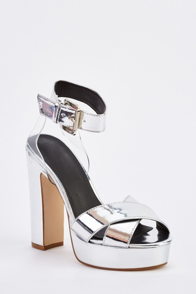 Platformed Cross Over Heeled Sandals