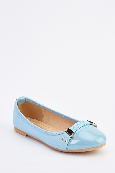 Front Detail Ballerina Pumps