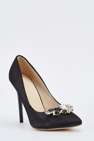 Embellished Sateen Court Heels