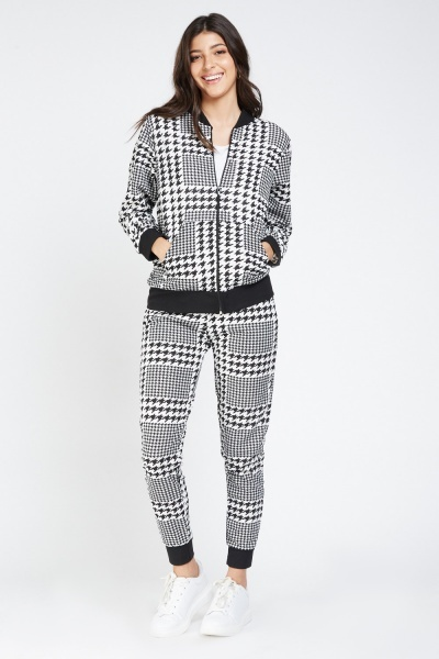 Houndstooth Print Tapered Joggers
