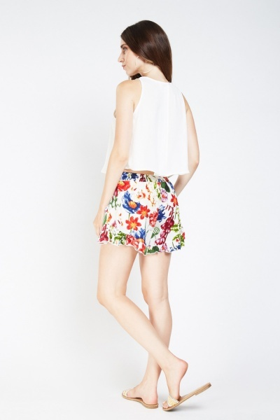 Printed Frilly Hem Shorts