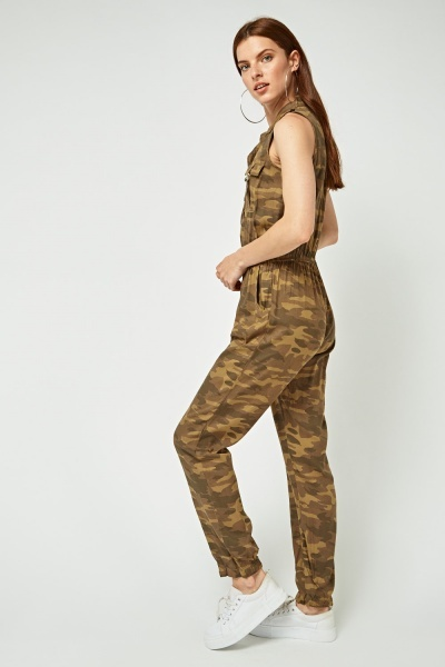 Sleeveless Camouflage Jumpsuit