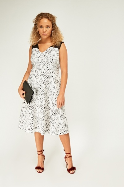 Chiffon Mono Print Skater Dress