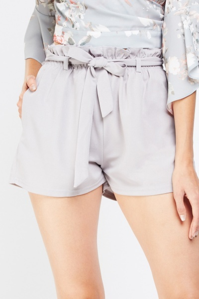 Gathered Tie Up Shorts