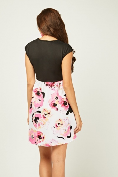 Floral Print Contrast Flared Dress