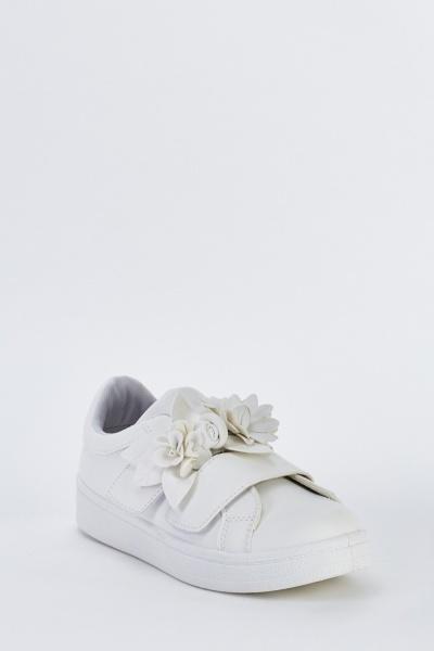 3D Flower Applique Detail Plimsolls