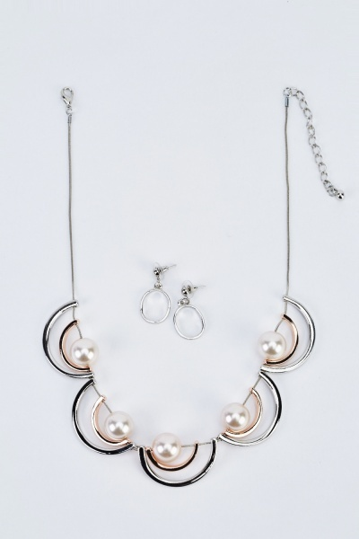Layered Half Moon Necklace And Earrings Set