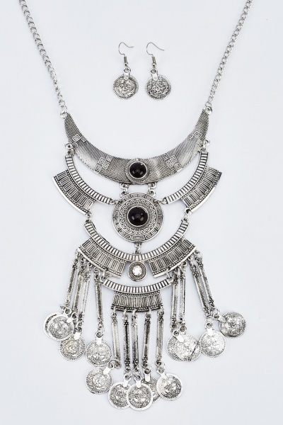 Statement Layered Embossed Necklace And Earrings Set