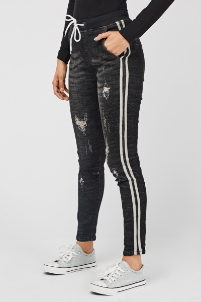 Distressed Contrasted Side Denim Jeggings