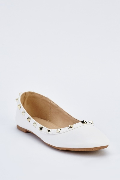 Studded Pointy Toe Flats