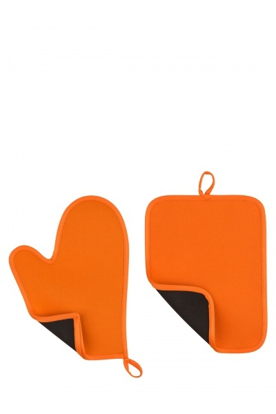 Orange Oven Mitt And Pot Holder Set