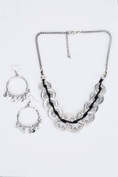 Detailed Looped Silver Necklace And Earrings Set