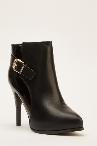 Contrasted Buckle Side Ankle Boots