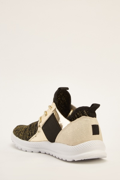 Low Top Contrast Trainers