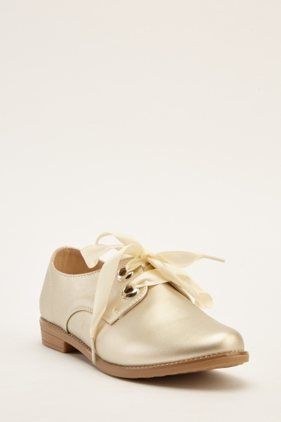 Metallic Ribbon Lace Up Shoes