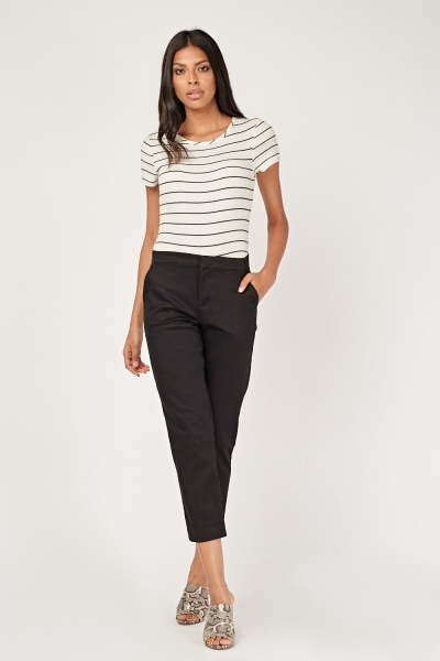 Basic Straight Fit Crop Trousers