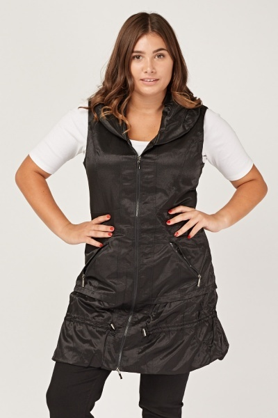 Black Sleeveless Metallic Insert Jacket
