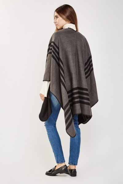 Stripe Contrasted Poncho