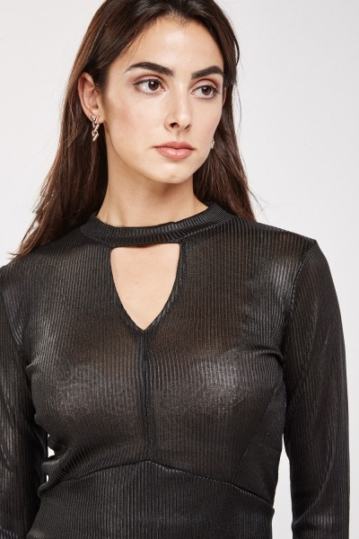 Metallic Keyhole Ribbed Crop Top