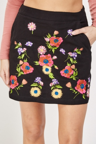 Flower Embroidered Mini Skirt