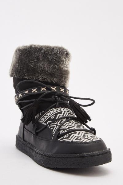 Aztec Weave Contrast Moon Boots