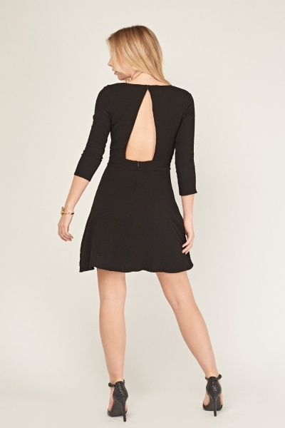 Crinkled Keyhole Back Swing Dress