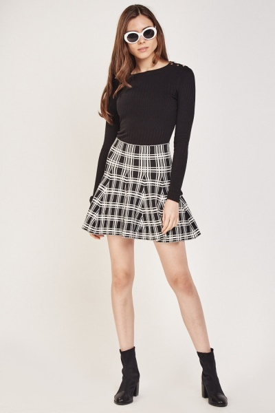 Grid Check Knitted Flared Skirt