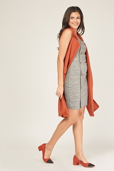 Textured Sleeveless Duster