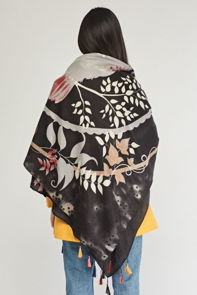 Contrasted Owl Print Scarf