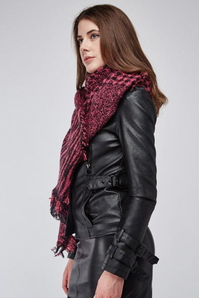 Frayed Edge Houndstooth Scarf