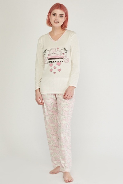 Graphic Front Pyjama Set