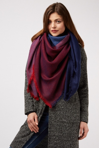 Contrasted Woven Scarf