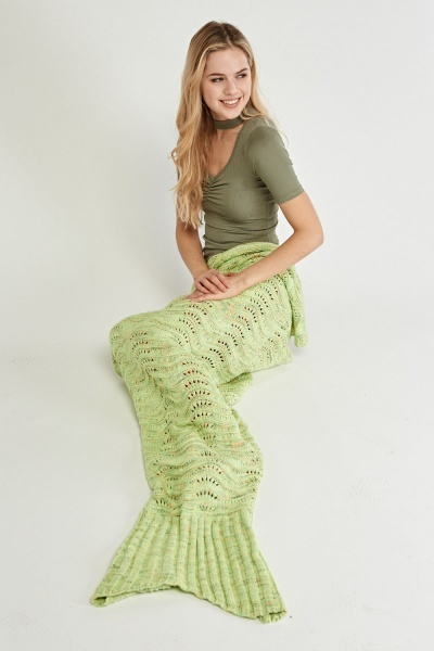 Mixed Knit Mermaid Tail Blanket