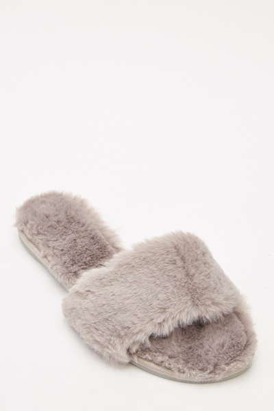 Indoor Fluffy Slippers