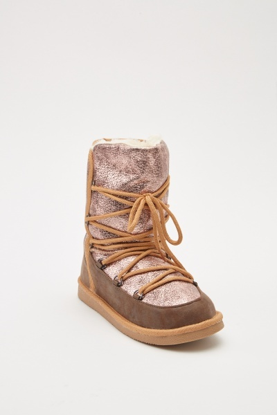 Metallic Contrasted Moon Boots
